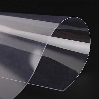 What are the reasons for the brittleness of PET plastic sheet?