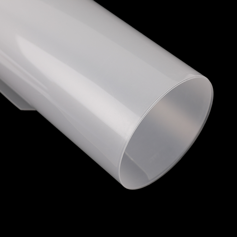 What is the difference between PP sheet and PVC sheet?
